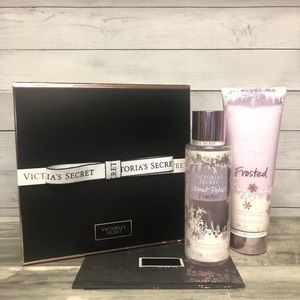 ❄️NEW!❄️ Velvet Petals Frosted by VS Gift Set